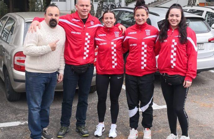 Najbolje hrvatske boksačice na pripremama i turniru u