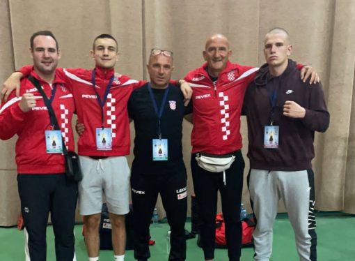HRVATI NA ZLATNOJ RUKAVICI Knežević i Lončar ispali u Subotici, a četvorica naših boksaju u petak, 3. rujna 2021.