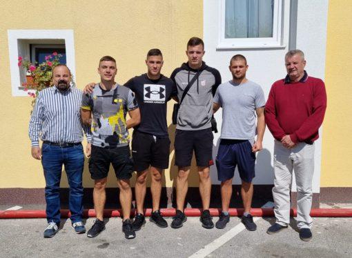 PRIPREME NA AVALI Četvorica hrvatskih boksača na zajedničkim pripremama u Beogradu